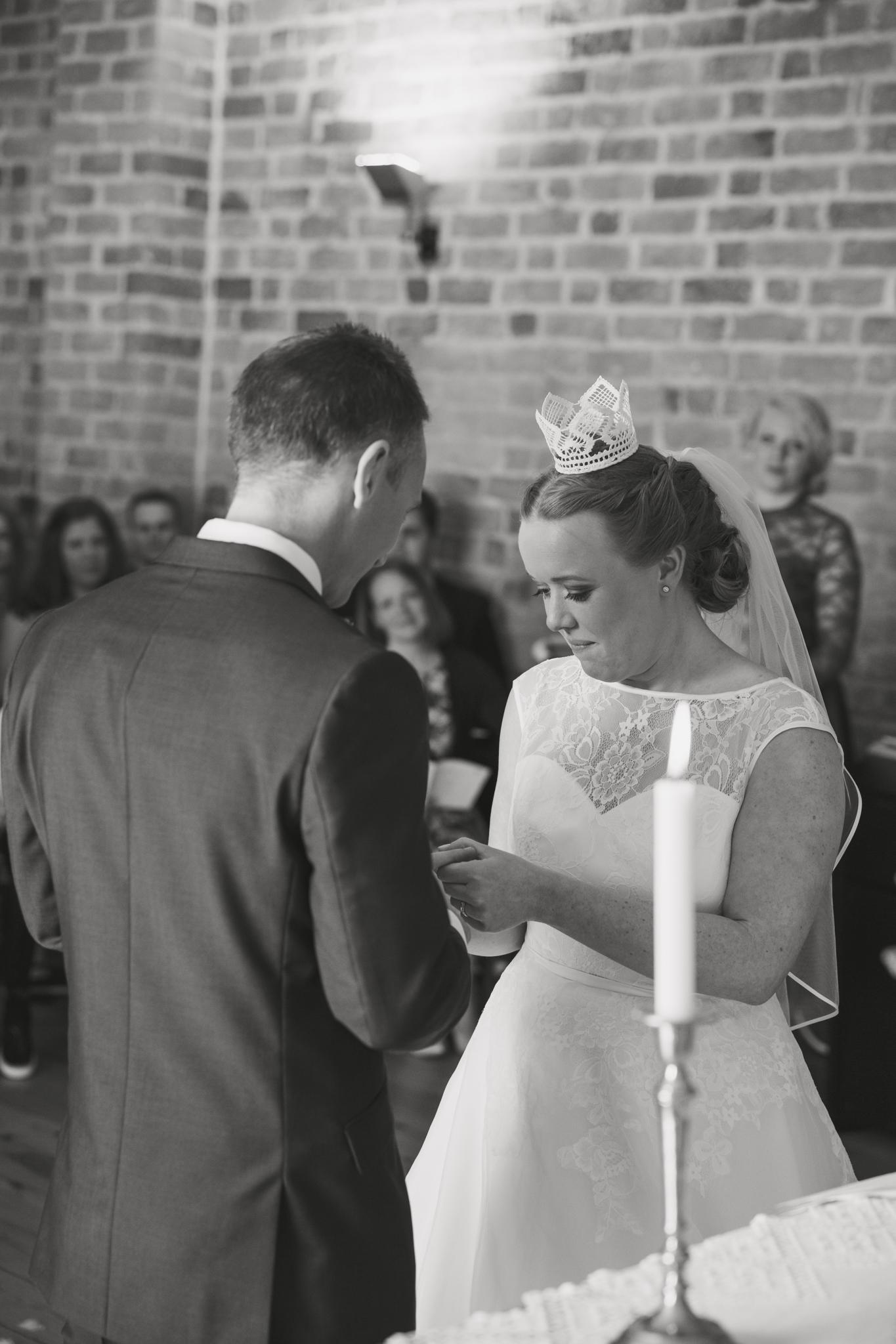 ViOli Photography bröllopsfotograf-Karlshamn-Blekinge-Ronneby-Karlskrona-Sölvesborg-Bromölla-Kristianstad (22 av 35)