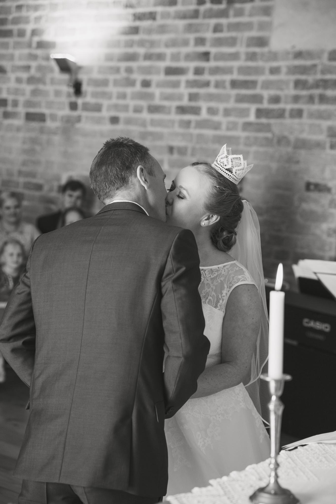 ViOli Photography bröllopsfotograf-Karlshamn-Blekinge-Ronneby-Karlskrona-Sölvesborg-Bromölla-Kristianstad (23 av 35)