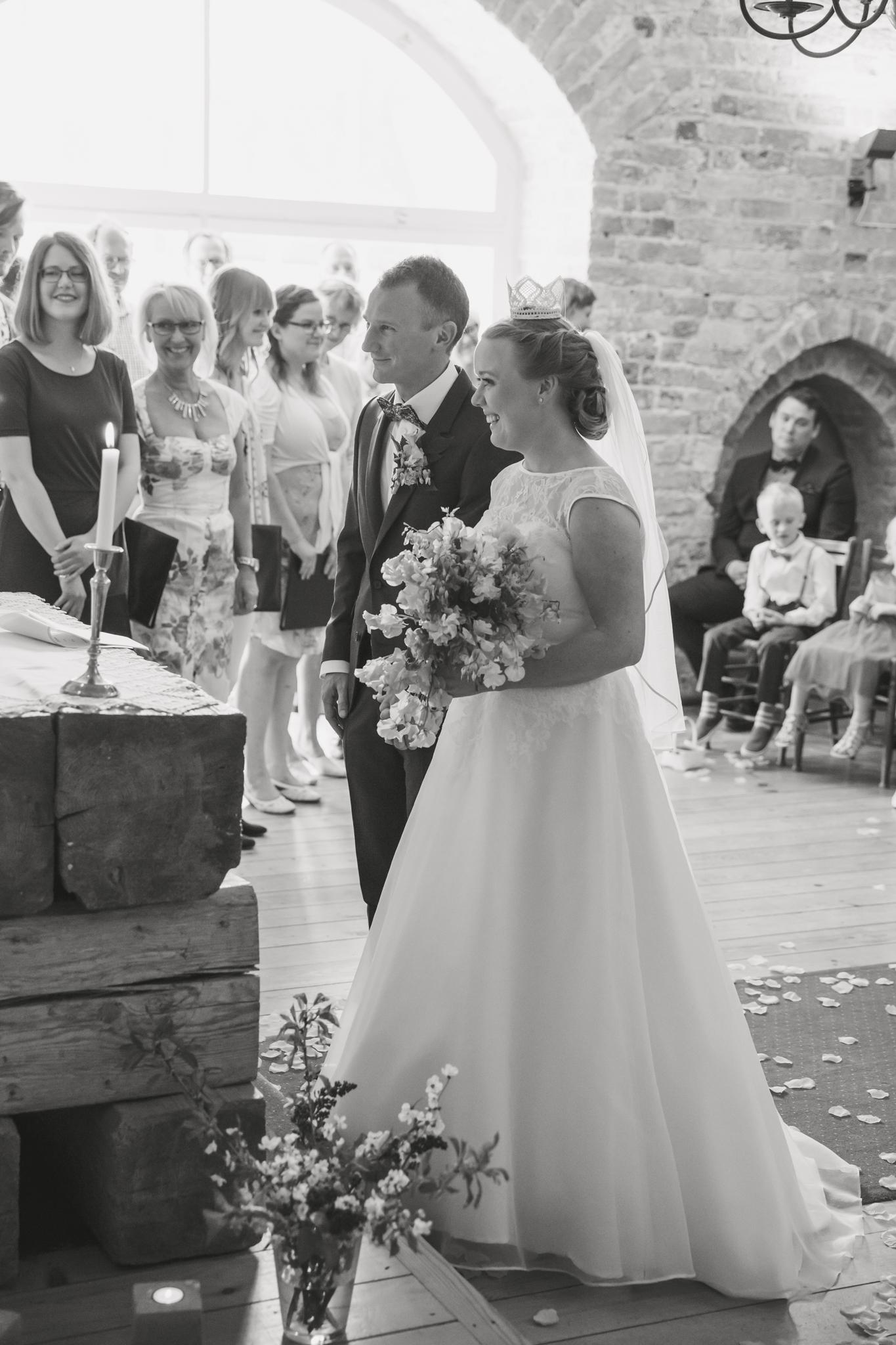 ViOli Photography bröllopsfotograf-Karlshamn-Blekinge-Ronneby-Karlskrona-Sölvesborg-Bromölla-Kristianstad (26 av 35)